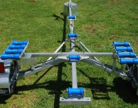 Accessory rollers on the Trailer for Inflatable boats